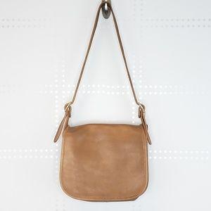 Coach | Vtg leather Saddle bag Design